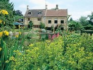 Glorious Gardens of the Cotswolds