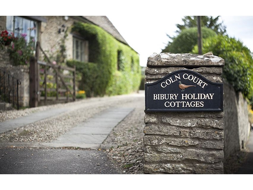 Super Bibury Holiday Cottages Download Free Architecture Designs Lukepmadebymaigaardcom