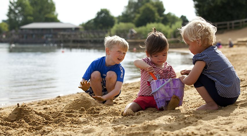 Cotswold Country Park offers the UK's largest inland beach. Picture by Kay Ransom Photography.