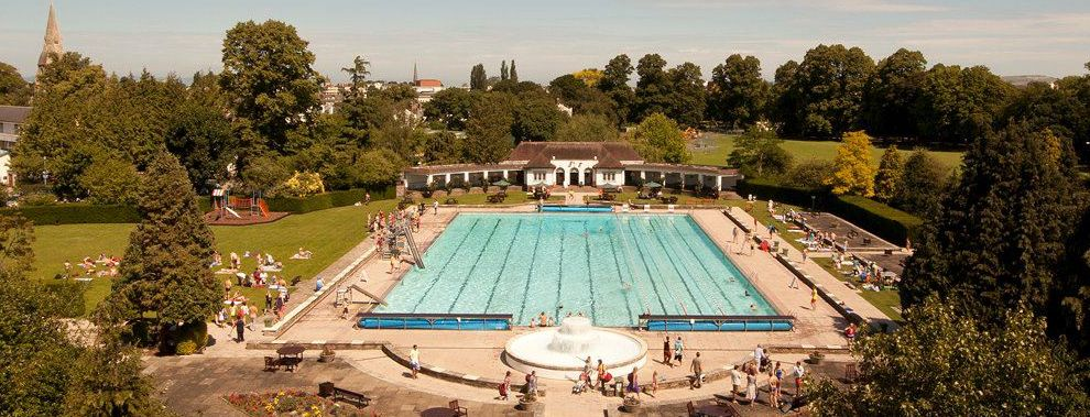 A classic view of Sandford Parks Lido in Cheltenham which was built in 1935 and boasts an Olympic-sized 50m main pool.