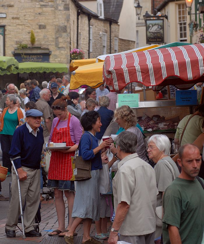 There is a huge variety of markets across the Cotswolds which are still the popular choice with many shoppers.