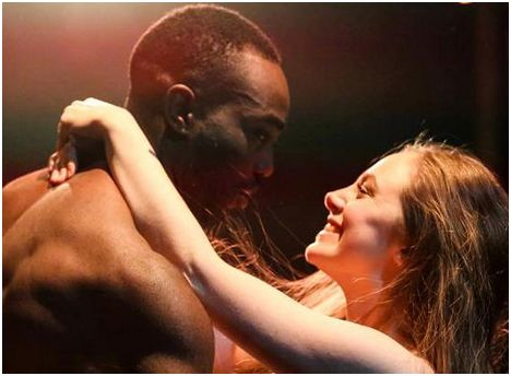 Paapa Essiedu and Daisy Whalley as the star-crossed lovers.