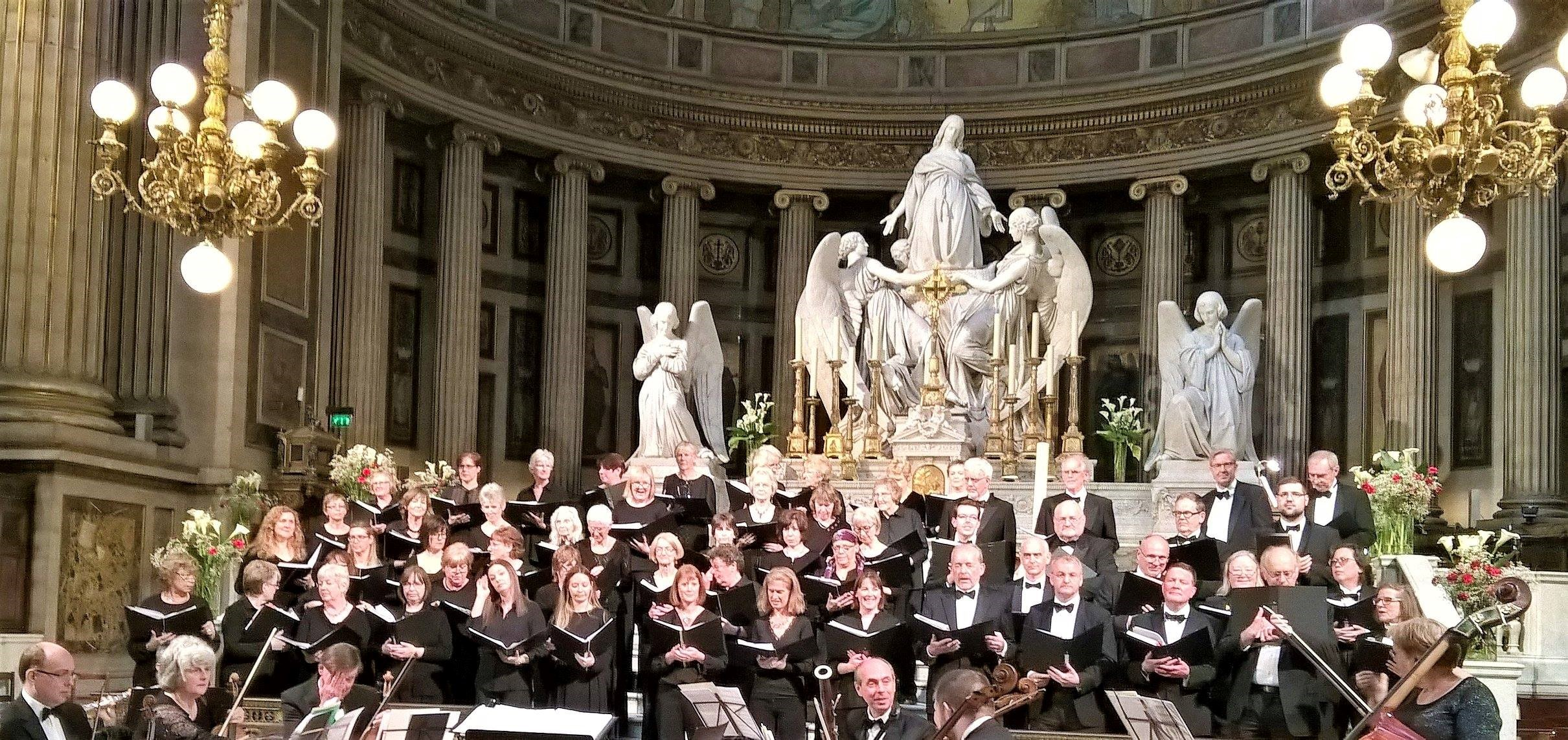 The Village Singers performing at the Eglise de la Madeleine in Paris.