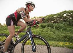 The world's top women cyclists will pass through parts of the Cotswolds in June.