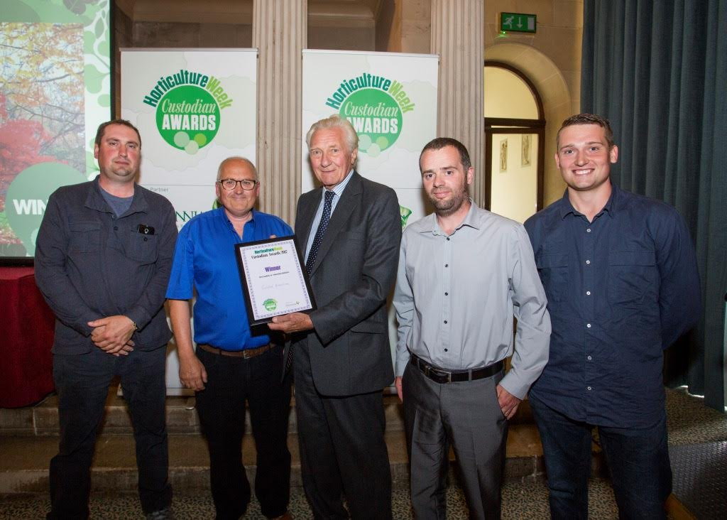 The Batsford gardening team accept their award from Lord Heseltine. From left-right: Gardener Steve Sherwood; Director of operations Stuart Priest; Lord Michael Heseltine; Head gardener Matthew Hall and gardener Bradley Rogers.